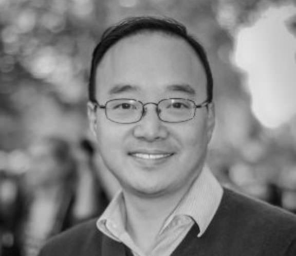 Photo of Michael Yoon